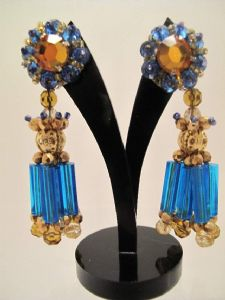 1960's Blue and topaz dangly earrings. **SOLD** es